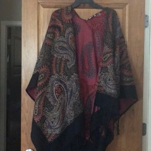 Gorgeous soft surroundings paisley poncho